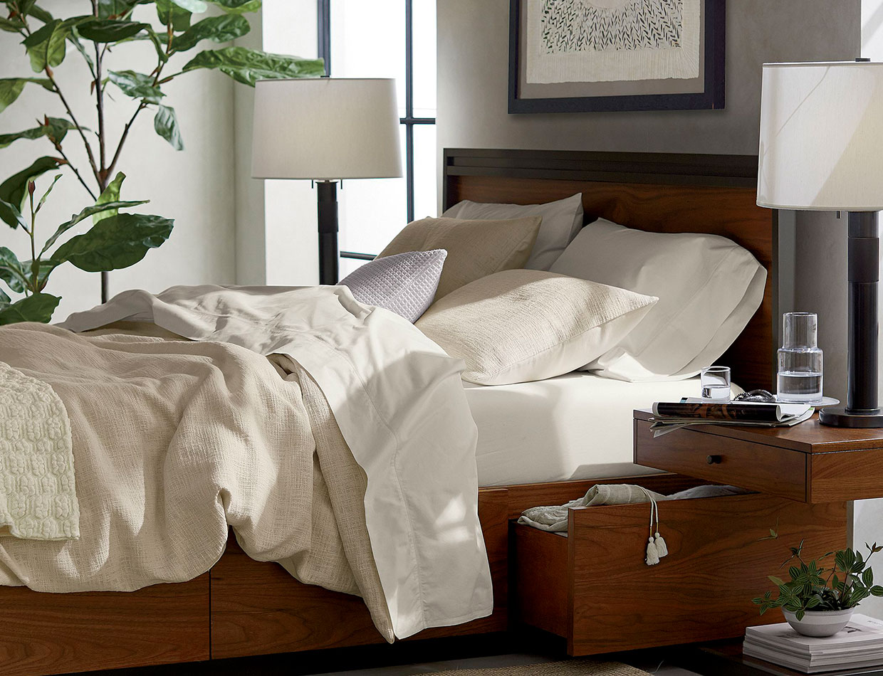 blair king bed; image used for HSBC Philippines Credit Card crate and barrel offers page